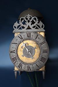 Antike französische Einzeiger-Wecker-Laternenuhr ca. 1710